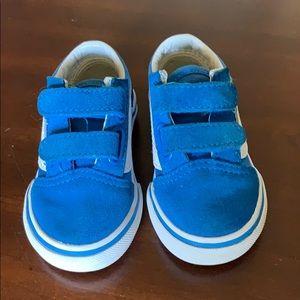 """Toddler """"Old Skool V"""" Vans size 4"""